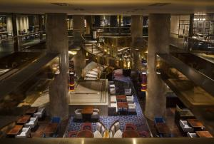 A restaurant or other place to eat at Hilton Tokyo Hotel
