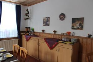 A kitchen or kitchenette at Hotel Waldhaus