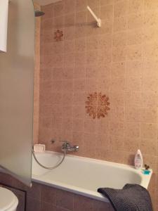 Ein Badezimmer in der Unterkunft Studio Oostende Budget