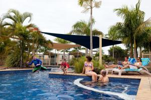 The swimming pool at or near Discovery Parks - Fraser Street, Hervey Bay