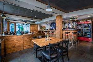 Lounge nebo bar v ubytování Penzion Fontana