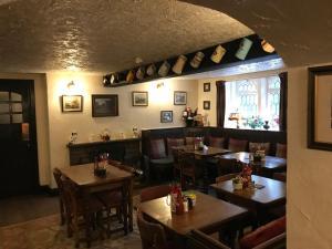 مطعم أو مكان آخر لتناول الطعام في Anglers rest