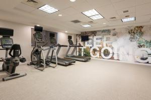 The fitness center and/or fitness facilities at SpringHill Suites Grand Rapids North