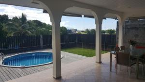 """A piscina localizada em """"Hanikea"""" Quiet & Pool Home ou nos arredores"""