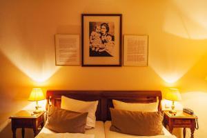 Ein Bett oder Betten in einem Zimmer der Unterkunft TOP CityLine Klassik Altstadt Hotel Lübeck