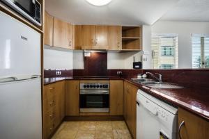 A kitchen or kitchenette at Landmark Resort