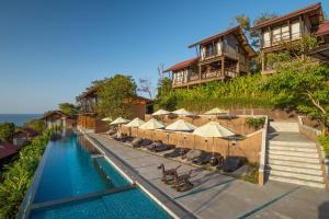 The swimming pool at or near Alama Sea Village Resort
