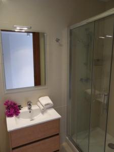 A bathroom at Danlux Remy
