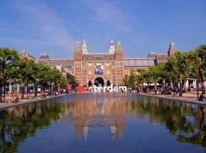 The swimming pool at or close to Fletcher Hotel Amsterdam