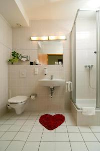 Ein Badezimmer in der Unterkunft Hotel Berlin - GreenLine Hotel