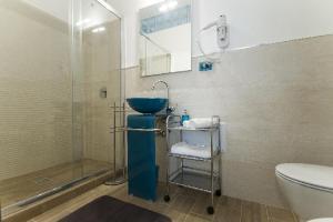 A bathroom at Antale