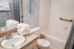 A bathroom at Villas of Ocean Pines Ocean City