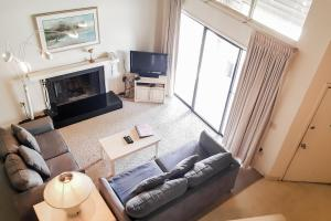 A seating area at Villas of Ocean Pines Ocean City
