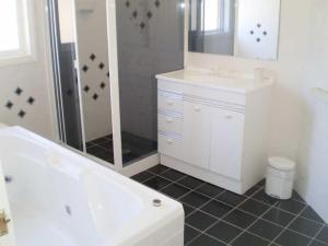A bathroom at Retreat on Surf Beach