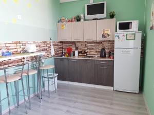 Кухня или мини-кухня в Hostel Stars