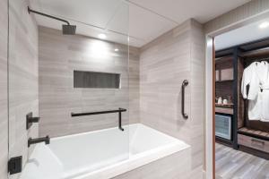 A bathroom at Salish Lodge & Spa