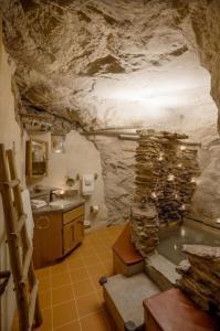 Köök või kööginurk majutusasutuses Kokopelli's Cave