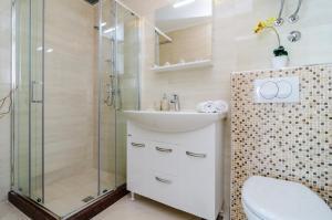 A bathroom at Apartments A&M