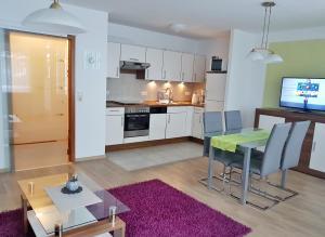 Küche/Küchenzeile in der Unterkunft Harzburger Ferienwohnung