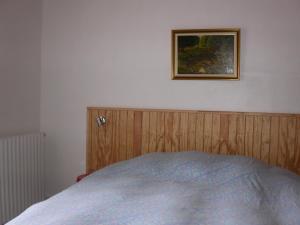 Un ou plusieurs lits dans un hébergement de l'établissement Gite Deux-Eaux
