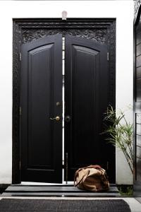 A bathroom at The Villas of Byron
