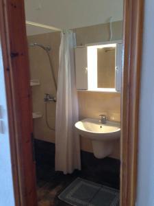A bathroom at Kolios View