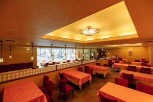 A restaurant or other place to eat at Izumigo Neo Oriental Resort Yatsugatake Kogen