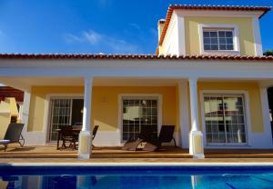The swimming pool at or near Villa Vita - luxury 3 bedroom villa at Praia del Rey