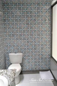 A bathroom at Casa Amanda B&B