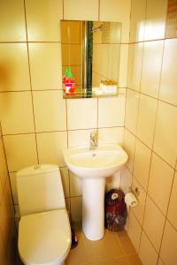 Ванная комната в Отель 104 комнаты
