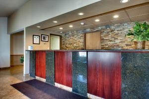 The lobby or reception area at Best Western West Hills Inn