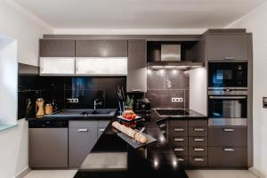 Küche/Küchenzeile in der Unterkunft First Wohnen GmbH