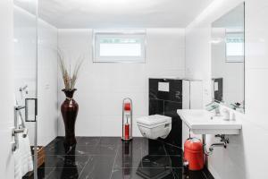 Ein Badezimmer in der Unterkunft First Wohnen GmbH