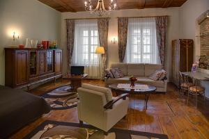Area soggiorno di Bernardinu B&B House