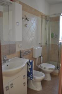 A bathroom at Villa Belvedere