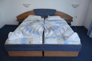 Легло или легла в стая в Хотел Калипсо Блу