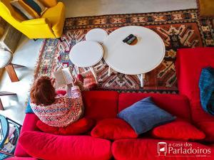 A seating area at A casa dos Parladoiros