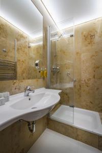 Ein Badezimmer in der Unterkunft Clementin