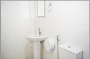 A bathroom at Hotel Marquetti
