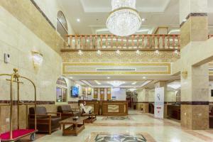 O saguão ou recepção de Hotel Ritaj Alsahel