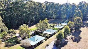 A bird's-eye view of Treenbrook Cottages