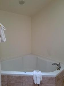 A bathroom at Alpenglow Vacation Rentals