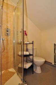 A bathroom at My Place Dublin Hotel