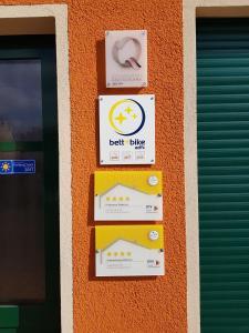 Ein Zertifikat, Auszeichnung, Logo oder anderes Dokument, das in der Unterkunft Ferienhof Radlerslust ausgestellt ist