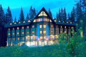 公寓式飯店所在的建築