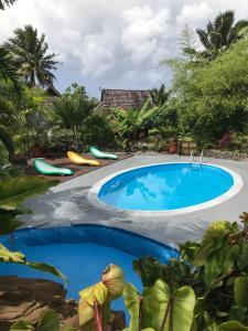 A piscina localizada em Punatea Village ou nos arredores