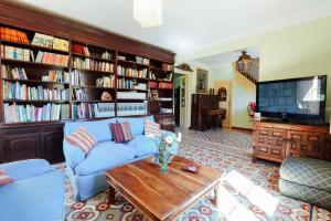 Biblioteca en the country house