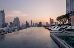 The swimming pool at or near Bangkok Marriott Hotel The Surawongse - SHA Certified