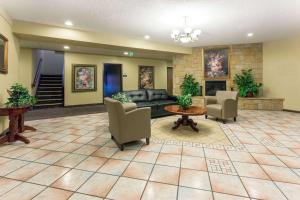 The lobby or reception area at Days Inn by Wyndham Colorado Springs Airport