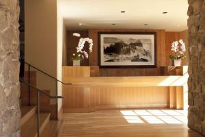 The lobby or reception area at Hyatt Carmel Highlands